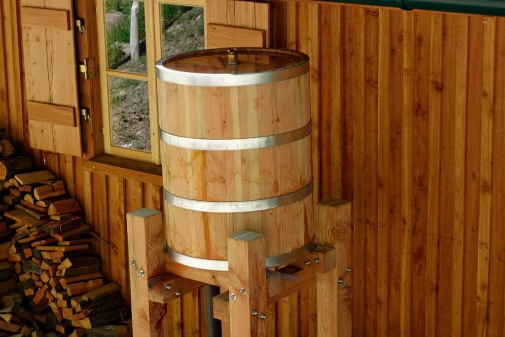 Regensammler aus Holz bei Wilhelm Eder in Bad Dürkheim kaufen
